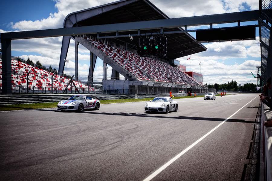 Electra Verse x Porsche Martini Racing Limited Edition